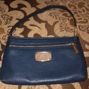 Micheal Kors Navy Leather Wristlet